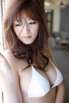 mai-hakase-sun-from-window-gi-05