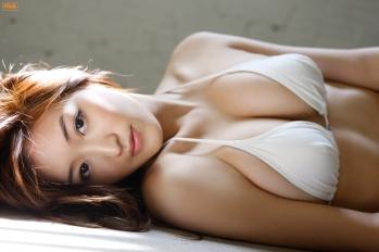 mai-hakase-sun-from-window-gi-16
