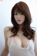 mai-hakase-takes-bath-gi-01