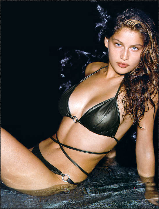 Laetitia Casta Victoria's Secret Photo Gallery (2/6)
