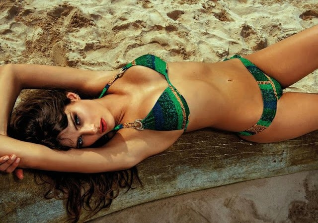 Morena Rosa Swimwear Spring/Summer 2013 featuring Isabeli Fontana (2/6)